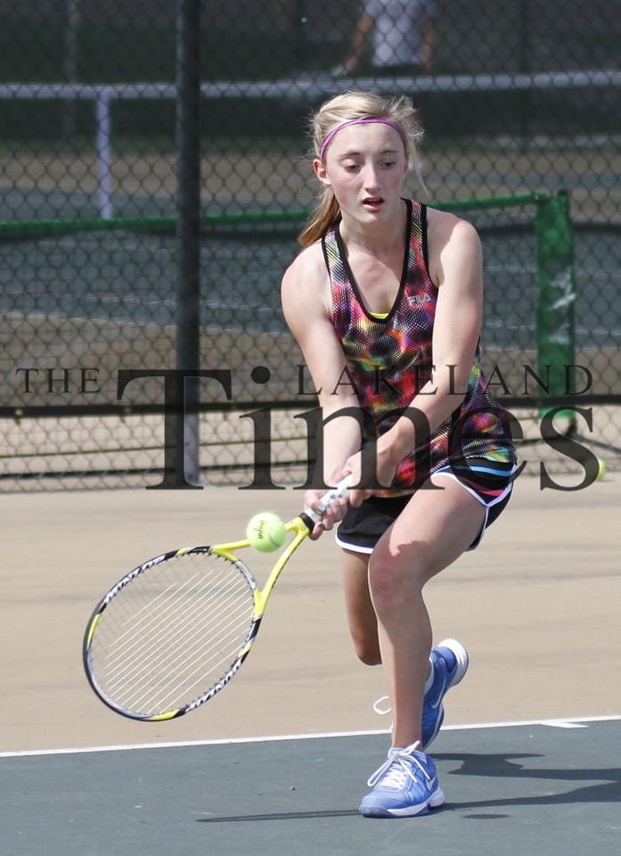 USTA Tennis at LUHS